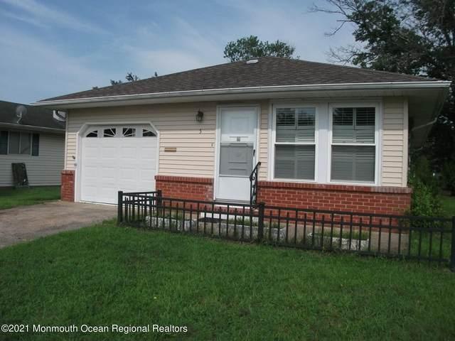 5 Leeward, Toms River, NJ 08757 (MLS #22124569) :: The MEEHAN Group of RE/MAX New Beginnings Realty