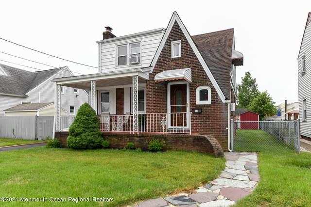 18 Matthew Avenue, Carteret, NJ 07008 (MLS #22124612) :: Kay Platinum Real Estate Group