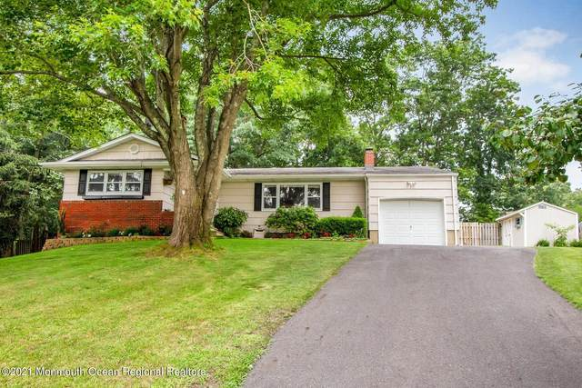 12 Friar Court, Toms River, NJ 08753 (MLS #22124711) :: The MEEHAN Group of RE/MAX New Beginnings Realty