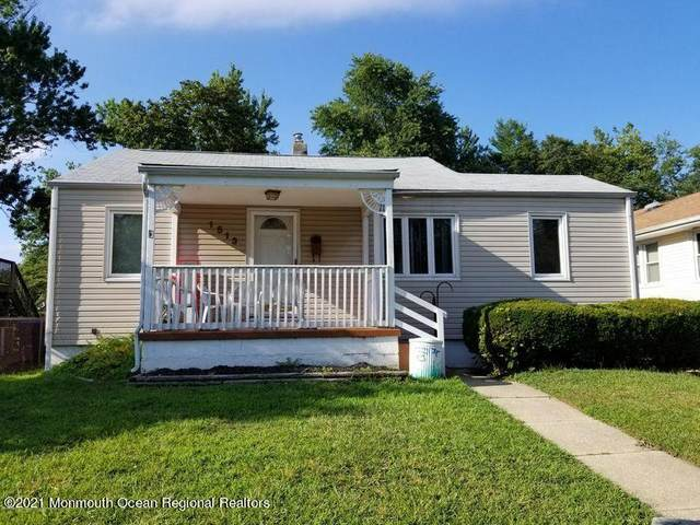 1513 7th Avenue, Neptune Township, NJ 07753 (MLS #22124739) :: The MEEHAN Group of RE/MAX New Beginnings Realty