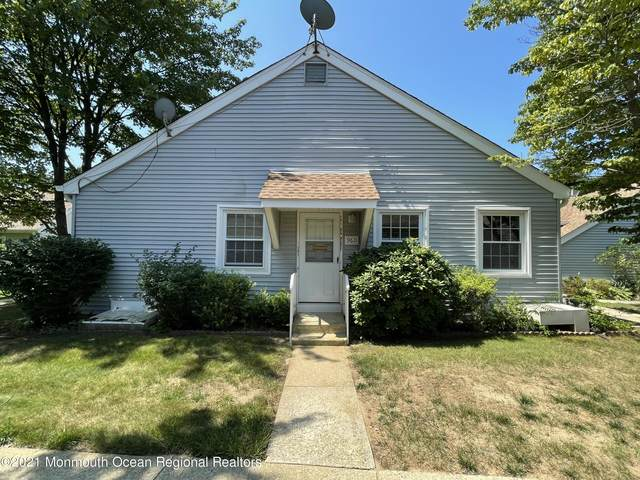 96 Halls Croft Road D, Freehold, NJ 07728 (MLS #22124817) :: The MEEHAN Group of RE/MAX New Beginnings Realty