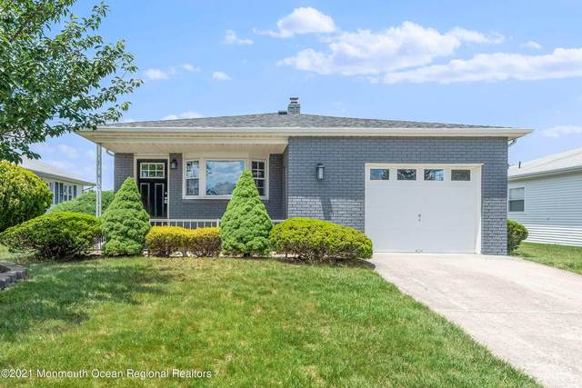 47 Harrington Drive S, Toms River, NJ 08757 (MLS #22124850) :: The MEEHAN Group of RE/MAX New Beginnings Realty
