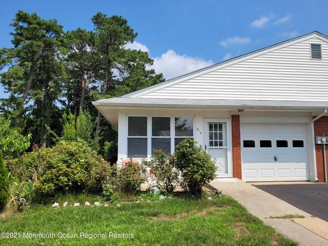 41 Crestwood Parkway A, Whiting, NJ 08759 (MLS #22124879) :: The MEEHAN Group of RE/MAX New Beginnings Realty