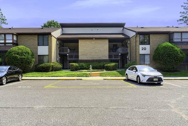 20 Pine Cluster Circle D, Manalapan, NJ 07726 (MLS #22125013) :: The MEEHAN Group of RE/MAX New Beginnings Realty