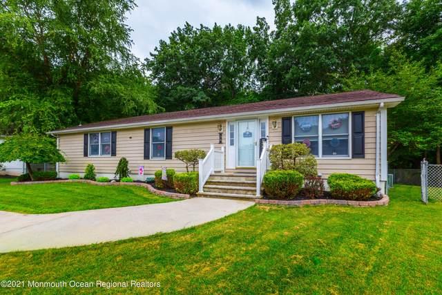 36 Brookview Lane, Manalapan, NJ 07726 (MLS #22125086) :: PORTERPLUS REALTY
