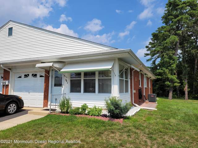 44 Crestwood Parkway D, Whiting, NJ 08759 (MLS #22125126) :: The MEEHAN Group of RE/MAX New Beginnings Realty