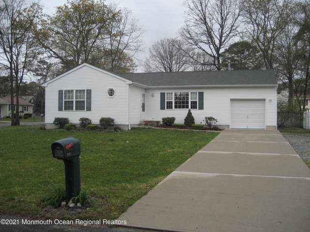 601 Madison Avenue, Toms River, NJ 08757 (MLS #22125145) :: The MEEHAN Group of RE/MAX New Beginnings Realty