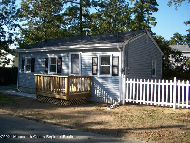 909 Third Avenue, Toms River, NJ 08757 (MLS #22125156) :: The MEEHAN Group of RE/MAX New Beginnings Realty