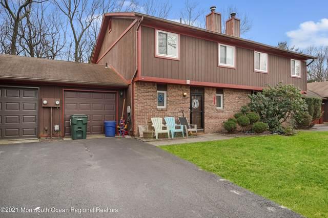 14 Pheasant Place #1000, Howell, NJ 07731 (MLS #22125159) :: William Hagan Group