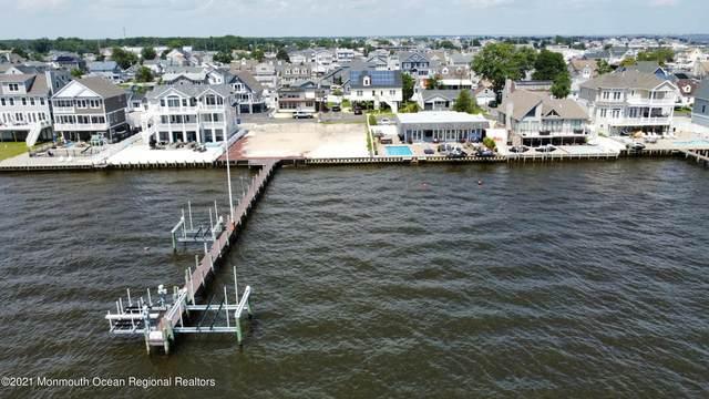 39 Bay Shore Drive, Toms River, NJ 08753 (MLS #22125224) :: The Ventre Team