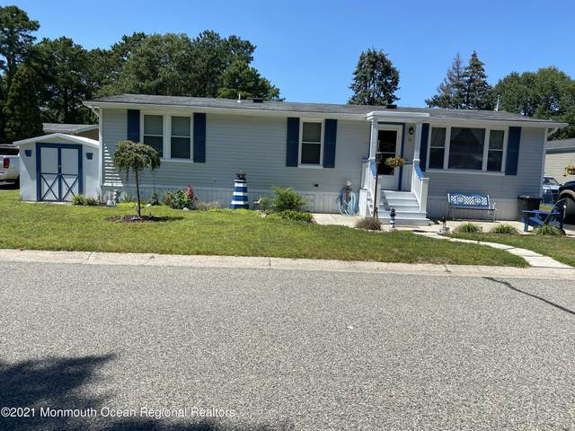 16 Partridge Place, Whiting, NJ 08759 (MLS #22125291) :: The MEEHAN Group of RE/MAX New Beginnings Realty