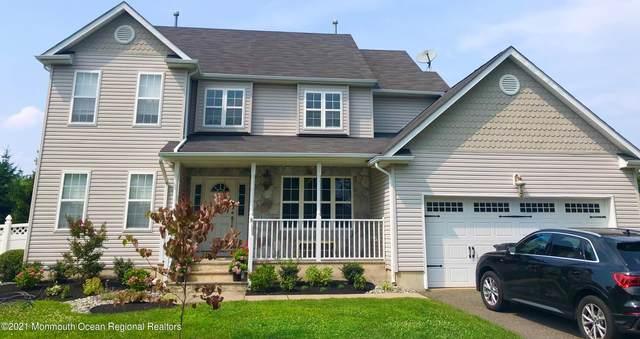 3 Oak Leaf Drive, Belford, NJ 07718 (MLS #22125360) :: William Hagan Group