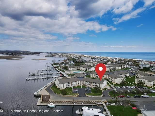 135 Wharfside Drive, Monmouth Beach, NJ 07750 (MLS #22125435) :: The CG Group   RE/MAX Revolution
