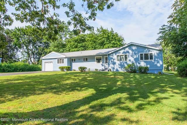 42 Winchester Drive, Tinton Falls, NJ 07724 (MLS #22125518) :: The Dekanski Home Selling Team