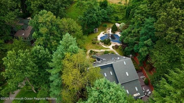4 Longview Drive, Holmdel, NJ 07733 (MLS #22125566) :: The Dekanski Home Selling Team