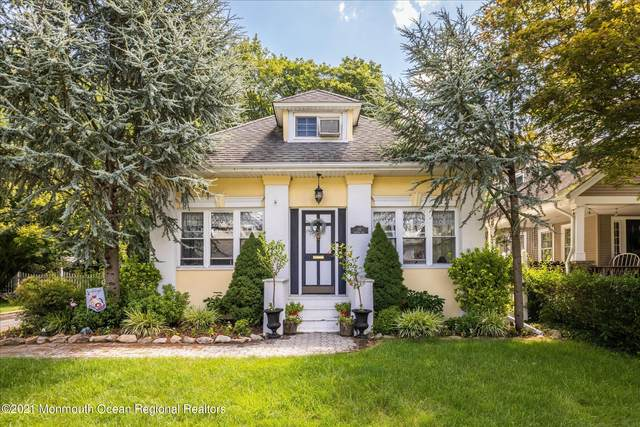 10 Colonial Boulevard, Hillsdale, NJ 07642 (MLS #22125664) :: Corcoran Baer & McIntosh