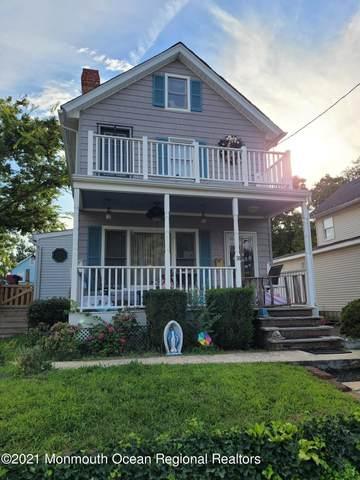 30 Cedar Street, Keyport, NJ 07735 (MLS #22125710) :: The CG Group | RE/MAX Revolution