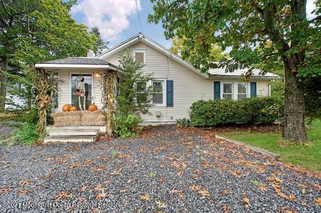 138 Cedar Grove Road, Toms River, NJ 08753 (MLS #22125843) :: The Sikora Group
