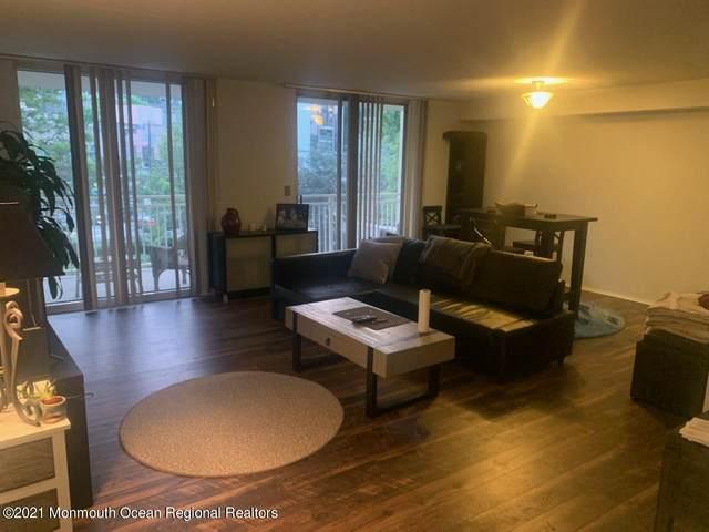 1055 River Road #203, Edgewater, NJ 07020 (MLS #22126064) :: Corcoran Baer & McIntosh