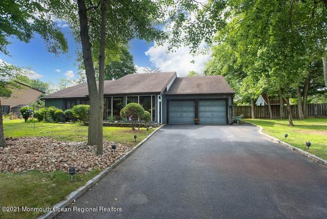 1 Scenic Lane, Matawan, NJ 07747 (#22126355) :: Rowack Real Estate Team