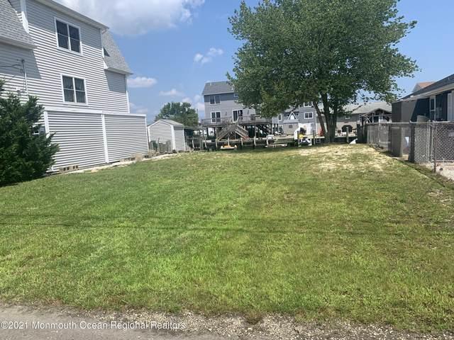 217 Fernwood Drive, Bayville, NJ 08721 (MLS #22127048) :: William Hagan Group