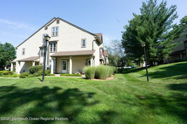 1207 Commons Drive, East Brunswick, NJ 08816 (MLS #22127353) :: The MEEHAN Group of RE/MAX New Beginnings Realty