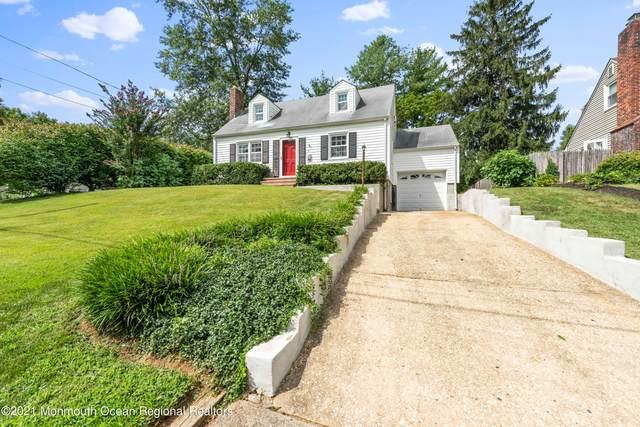 61 Robinson Place, Shrewsbury Boro, NJ 07702 (MLS #22127760) :: William Hagan Group