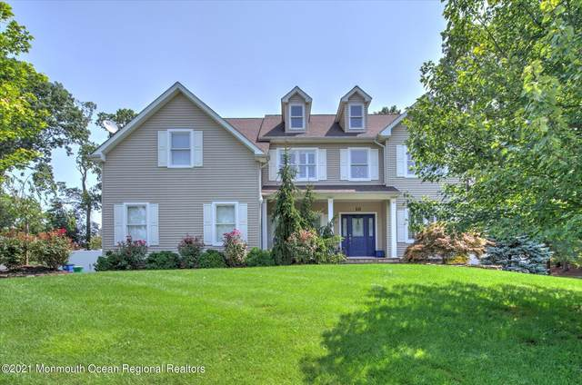 10 Imaginary Place, Aberdeen, NJ 07747 (MLS #22128354) :: The MEEHAN Group of RE/MAX New Beginnings Realty