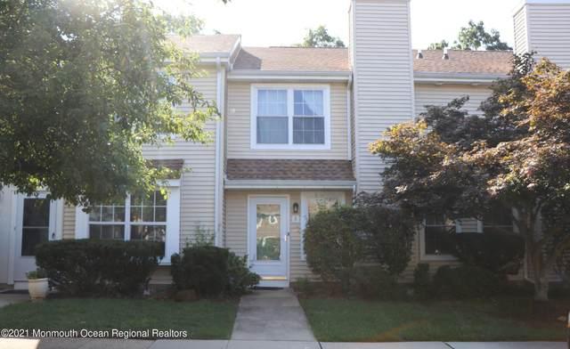 5 Canterbury Circle, Franklin, NJ 08873 (MLS #22128416) :: Corcoran Baer & McIntosh