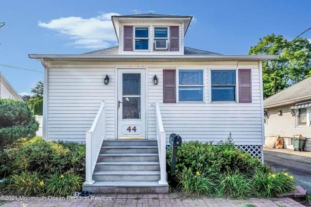 44 Kossman Street, East Brunswick, NJ 08816 (MLS #22128504) :: William Hagan Group