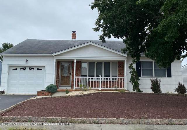 18 Oakfield Road, Toms River, NJ 08757 (MLS #22128750) :: The CG Group   RE/MAX Revolution
