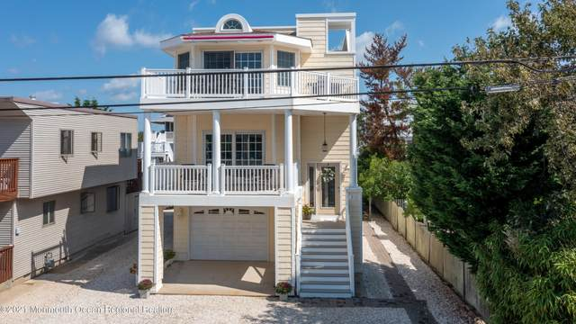 211 Liberty Avenue, Beach Haven, NJ 08008 (MLS #22128947) :: The MEEHAN Group of RE/MAX New Beginnings Realty