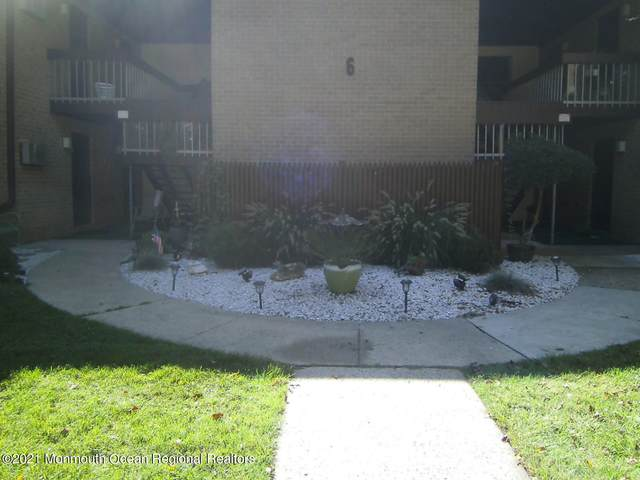 6 Pine Cluster Circle C, Manalapan, NJ 07726 (#22129164) :: Rowack Real Estate Team