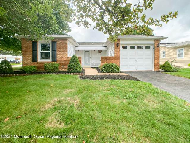 1 Bow Drive, Brick, NJ 08723 (MLS #22129315) :: The MEEHAN Group of RE/MAX New Beginnings Realty