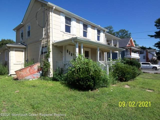 69 Navesink Avenue, Fair Haven, NJ 07704 (MLS #22129428) :: William Hagan Group