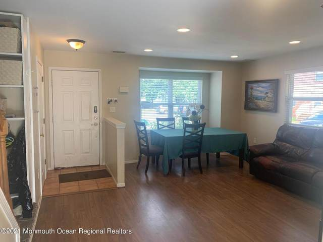 43 Waterview Drive, Lakewood, NJ 08701 (MLS #22129958) :: William Hagan Group
