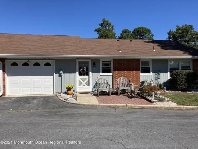 644 A Plymouth Drive, Lakewood, NJ 08701 (MLS #22129988) :: William Hagan Group