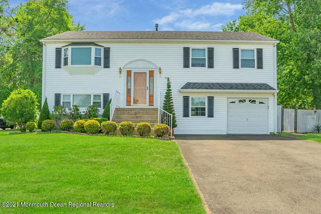 852 Peppertree Drive, Toms River, NJ 08753 (MLS #22130077) :: The CG Group   RE/MAX Revolution