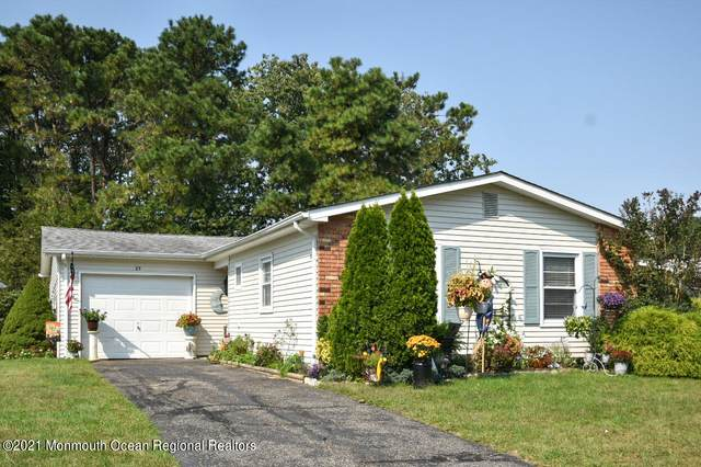 23 Bow Drive, Brick, NJ 08723 (MLS #22130276) :: The MEEHAN Group of RE/MAX New Beginnings Realty