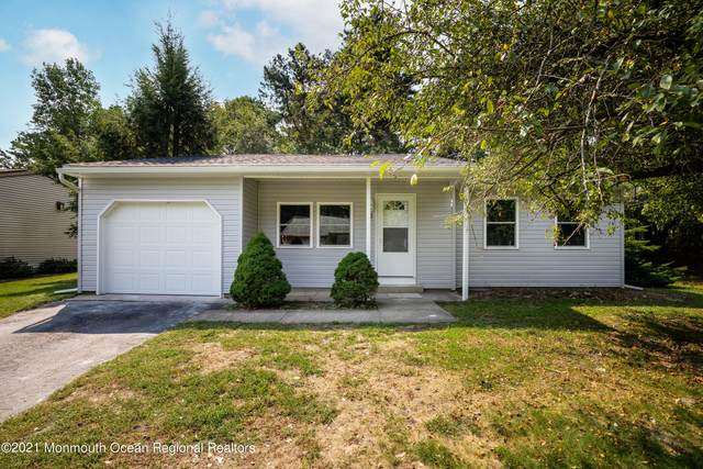 7 Buttonwood Lane #71, Whiting, NJ 08759 (MLS #22130371) :: The CG Group | RE/MAX Revolution