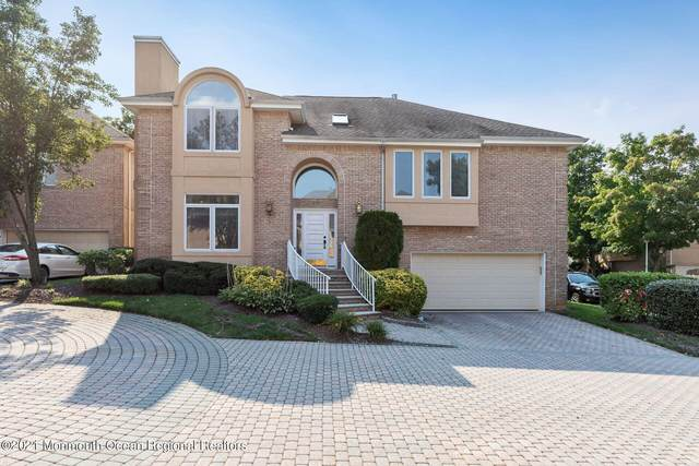 65 Rancho Mirage Court N065, Holmdel, NJ 07733 (MLS #22130423) :: William Hagan Group