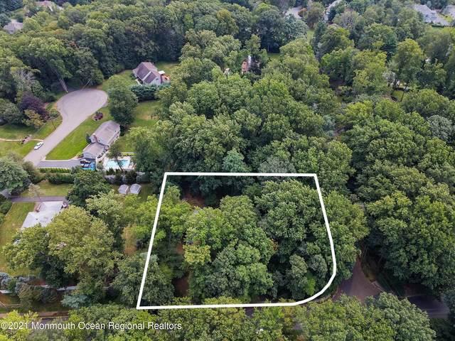 8 Deer Path, Holmdel, NJ 07733 (#22130435) :: Rowack Real Estate Team