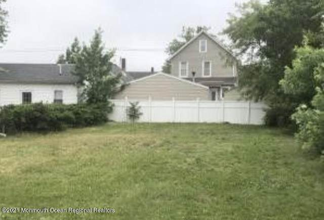 9 Randall Place, Keansburg, NJ 07734 (MLS #22130475) :: The DeMoro Realty Group | Keller Williams Realty West Monmouth