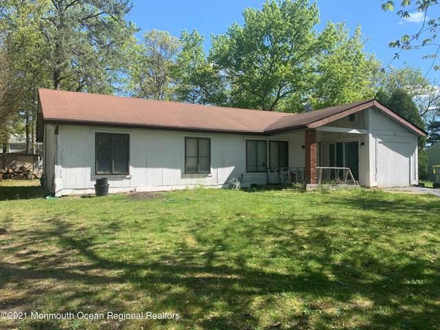 1537 Newport Drive, Lakewood, NJ 08701 (MLS #22130489) :: William Hagan Group