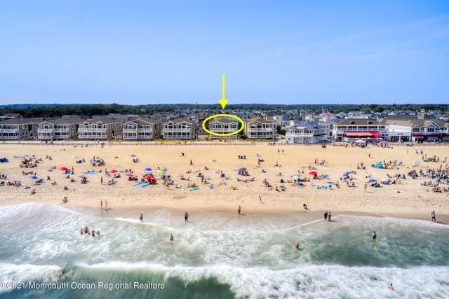 215 Beachfront #3, Manasquan, NJ 08736 (MLS #22130628) :: The Debbie Woerner Team