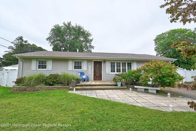 115 Larch Drive, Toms River, NJ 08753 (MLS #22130646) :: The CG Group | RE/MAX Revolution