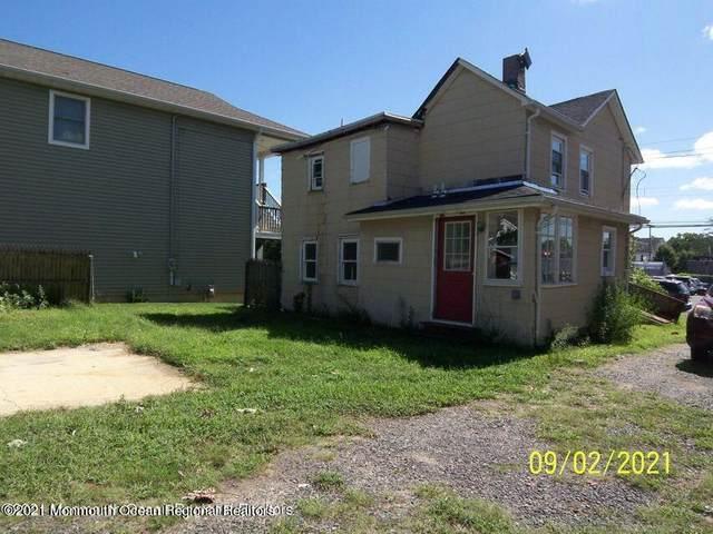 69 Navesink Avenue, Fair Haven, NJ 07704 (MLS #22130682) :: William Hagan Group