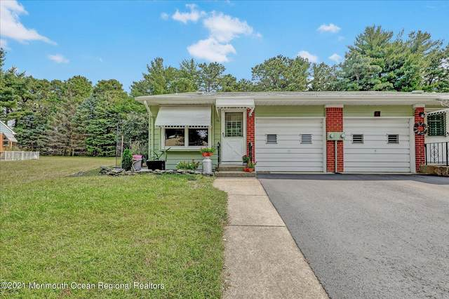 19 A Valley Forge Drive, Whiting, NJ 08759 (MLS #22130774) :: The DeMoro Realty Group | Keller Williams Realty West Monmouth