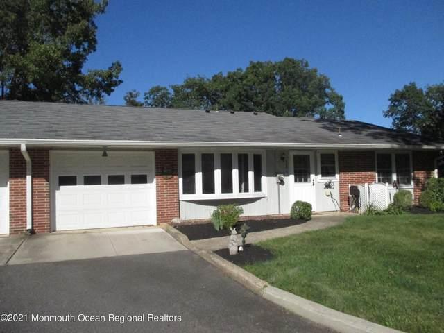 520A Portsmouth Drive, Lakewood, NJ 08701 (MLS #22131100) :: Team Pagano