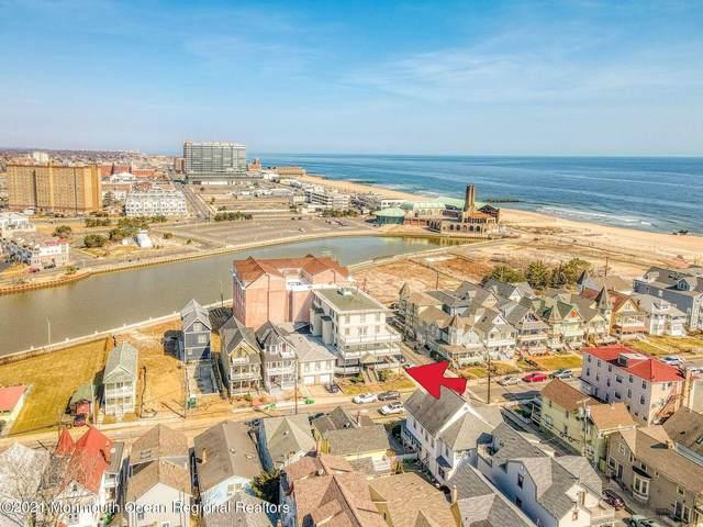 17 Seaview Avenue #8, Ocean Grove, NJ 07756 (#22131235) :: Daunno Realty Services, LLC
